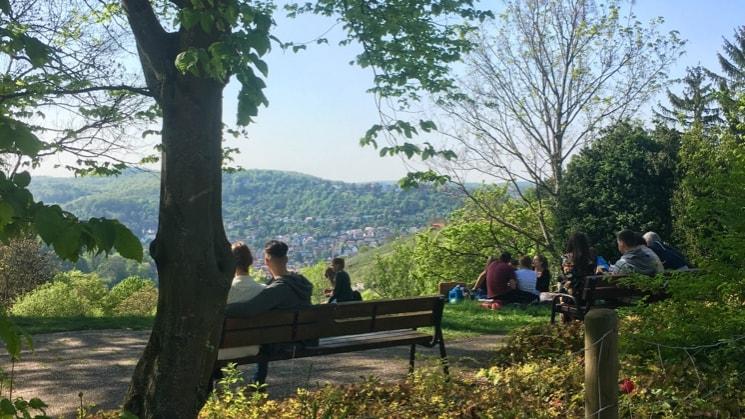 Simona in Stuttgart back image