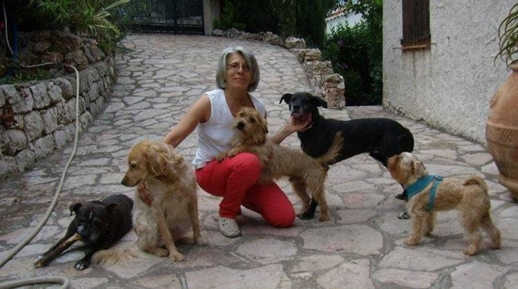 Daniela a Perca back image