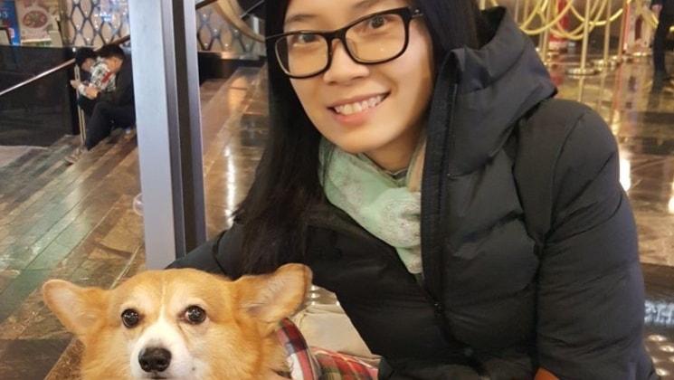 Ruth in Hong kong back image